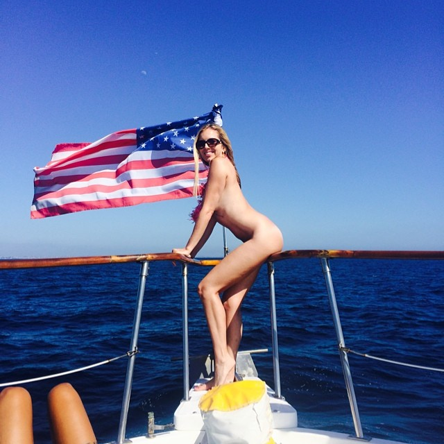 4th of July - Naked Boat Party Los Angeles - Sienna Sinclaire